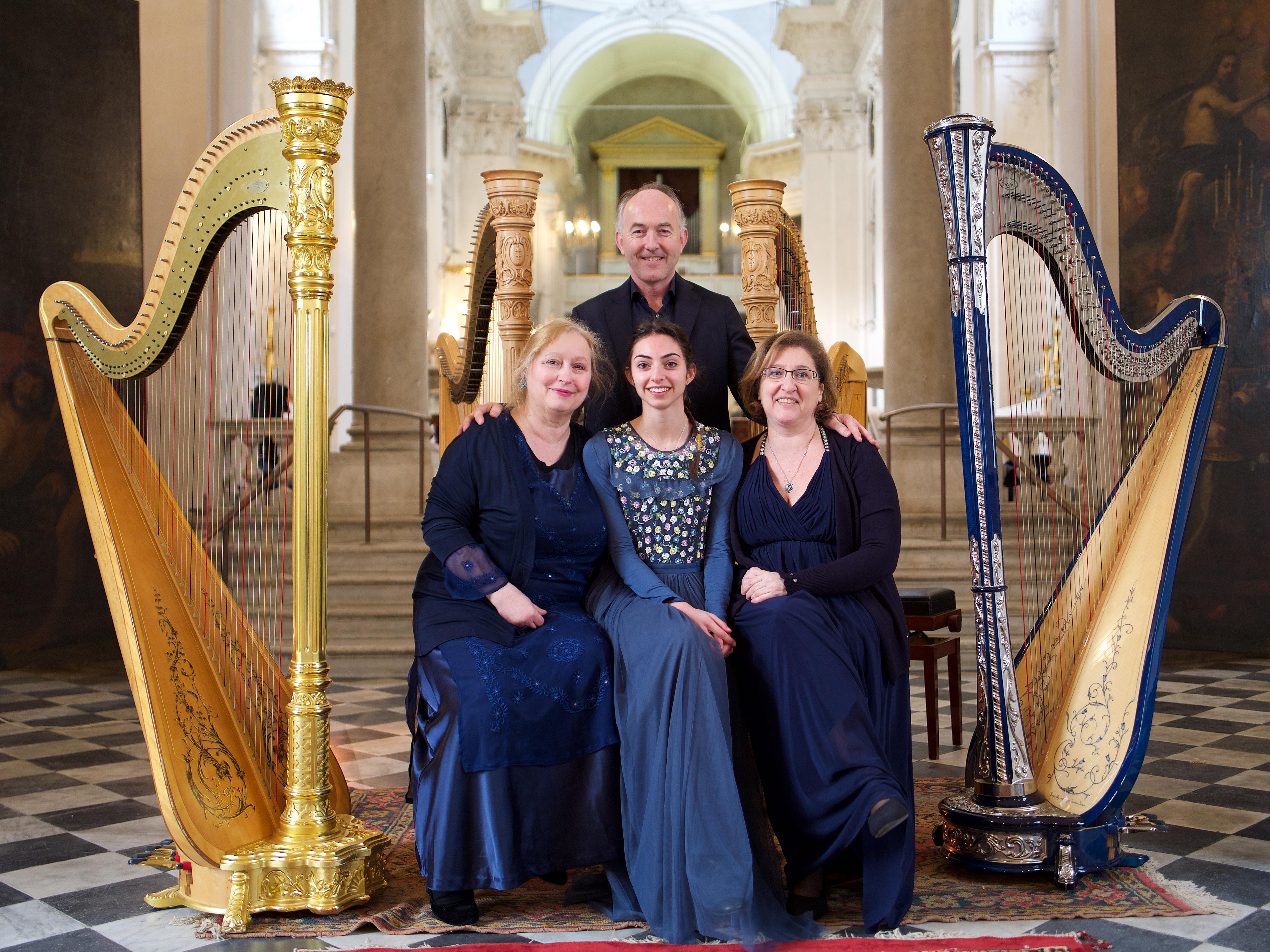 Leonard Harp Quartet in Concerto